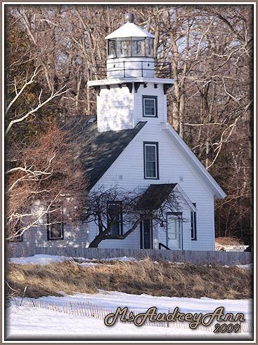 Aad-OldMissionLighthouse-4-11-09-5893